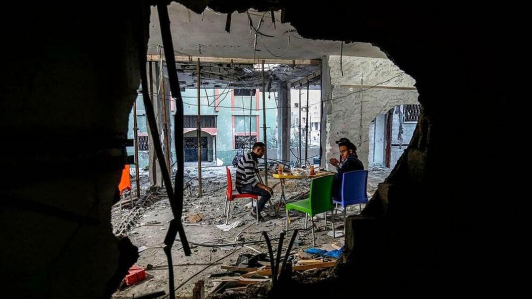 Разговение среди обломков Сектора Газы (Палестина)