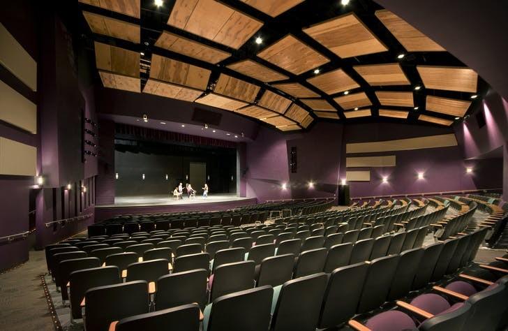 Fairfax High School в Фениксе (Аризона) / Источник: MIIM Designs