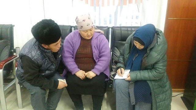 У семьи Белековых в авиакатастрофе погибли две дочери ‒ 14 и 7 лет.